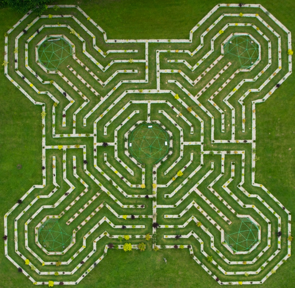 Labyrinth of the five elements and five archangels energetiniai labyrinth of the five elements and five archangels buycottarizona Image collections